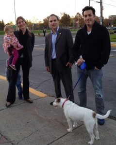I met up with local resident Avi and Laura Edery with their son Alex (hiding behind mom) and baby Zoe. Kobe, although not permitted to vote, seemed happy to meet me too!
