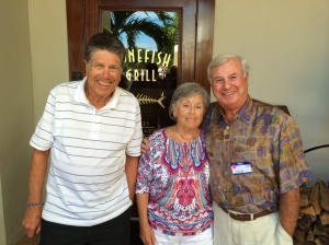 Beth Zion past president Joe Presser (right) and guests enjoying the warm times down south