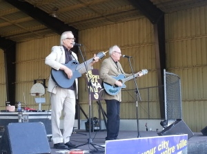 George Bowser and Rick Blue perform in CSL Trudeau Park