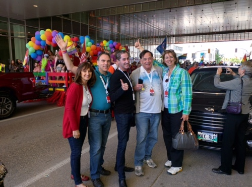 Cote Saint-Luc Mayor and Councillors proud to salute those participating in Winnipeg's Pride Parade
