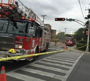 Emergency crews respond to natural gas leak at Parkhaven and Kildare in Cote Saint-Luc (Photo: Sidney Benizri)
