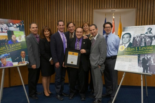 Mayor Mitchell Brownstein and City Council present a certificate to honour Councillor Allan J. Levine on 30 years of service (Photo: Darryl Levine, CSL).